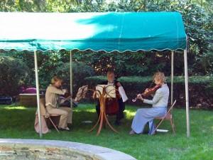 Amari String Trio