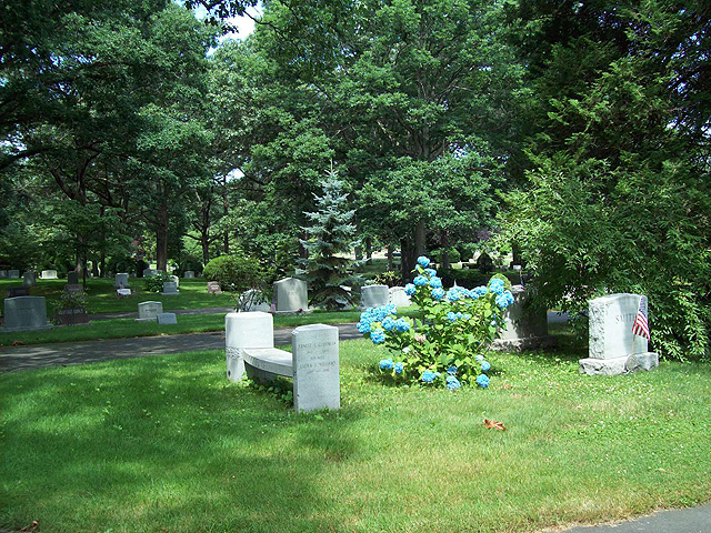 Lot Selection — Quidnessett Memorial Cemetery